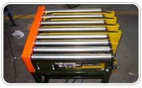 Transportador de rodillos con transfer de correas de goma, hidraulico o neumatico. Haga click para ampliar.