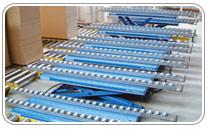 Mesa elevadora con transportadores de rodillos integrados otros diseños